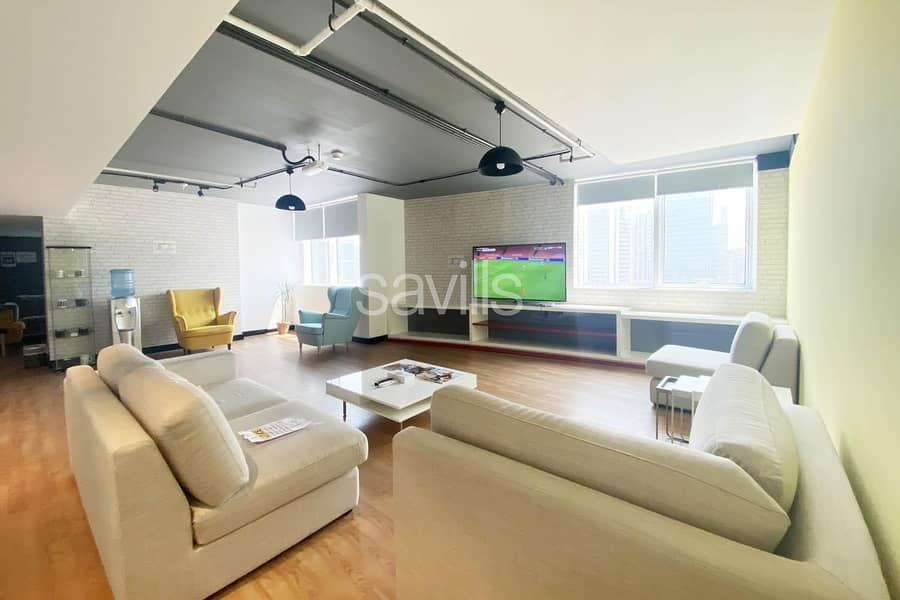 Fully Furnished and Serviced 1 Bedroom in Corniche