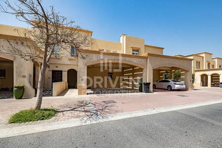 3 Bedroom Villa for Sale in The Springs, Dubai - Bright and Well-managed Villa