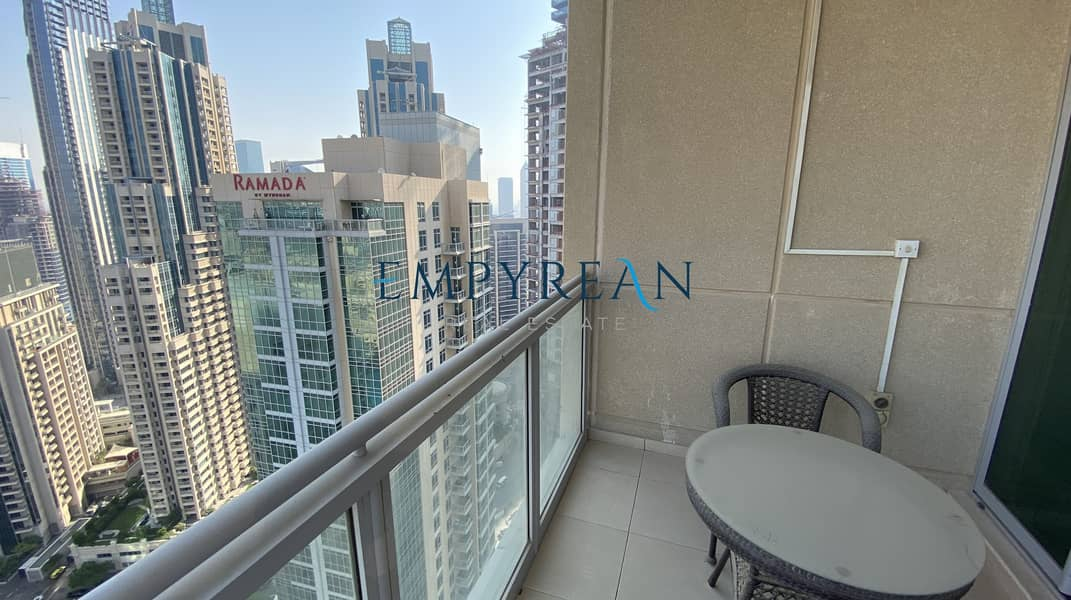 15 Elegant & Lavish Apartment Overlooking Burj Khalifa | Fully Furnished 2 Bedroom