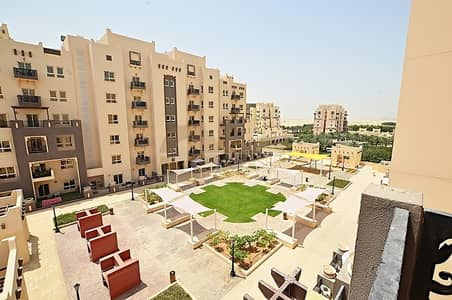 1 Bedroom Flat for Rent in Remraam, Dubai - Great location | Closed Kitchen | 1bed | Balcony