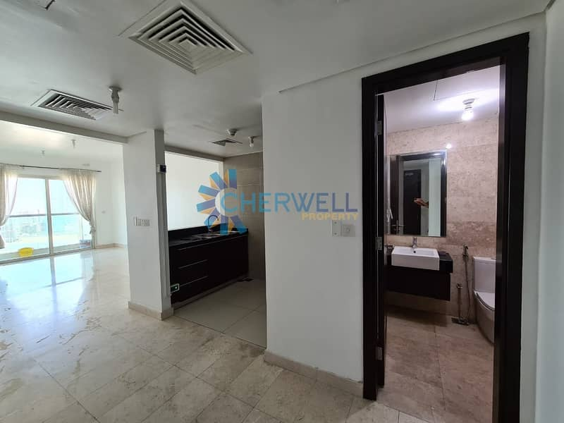 2 Hot Deal | Well Maintained Family Apartment