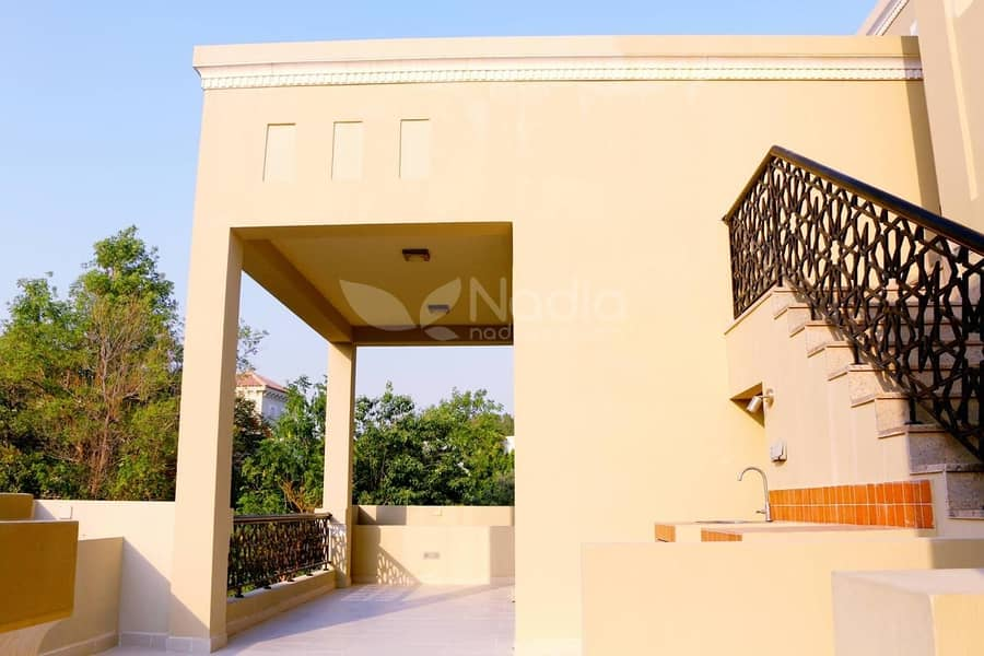 2 Furnished 6 BR villa For sale  in  Al Barari