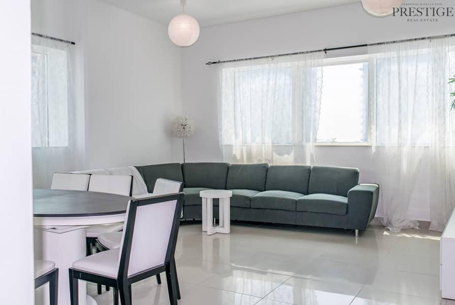 Beautiful High floor chiller free 2 bedroom