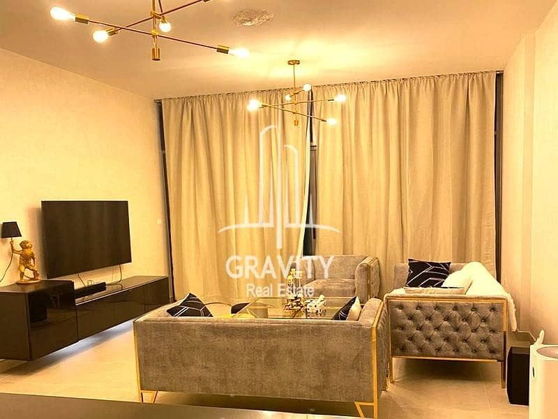 Fully Furnished 1BR Apt   Vacant Now