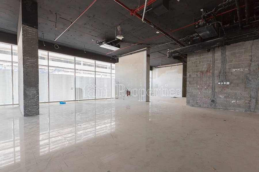 Retail Shop in Concord Tower | Call Now