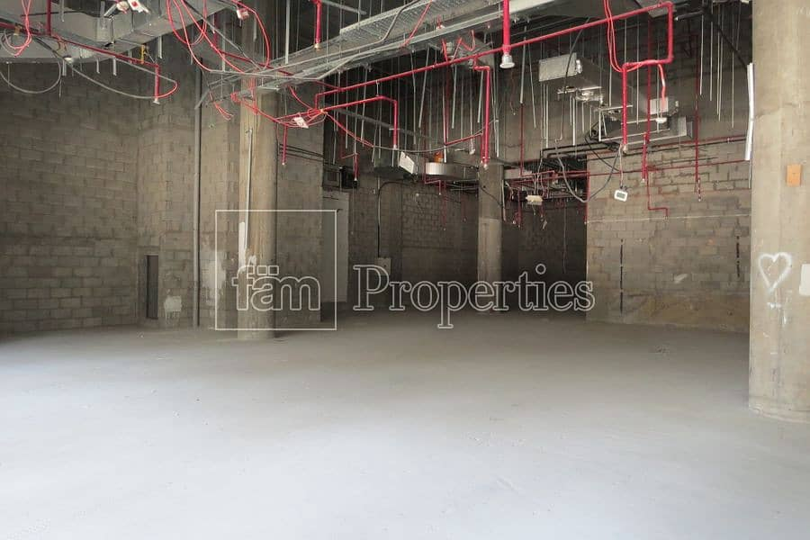 2 Spacious Retail Space in Great Location