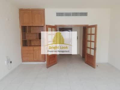 فلیٹ 2 غرفة نوم للايجار في شارع السلام، أبوظبي - Sharing| Well Maintained and Clean 2 BHK with Balcony & Store Room| 50