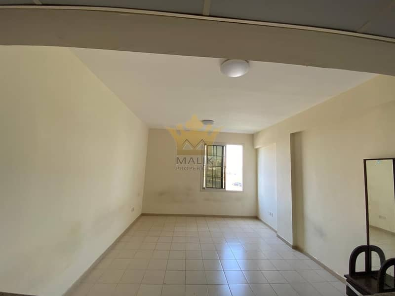 2 P20  LARGE 1BHK FOR RENT IN FRANCE CLUSTER