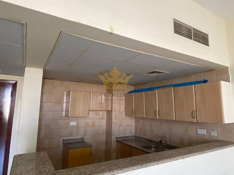 9 P20  LARGE 1BHK FOR RENT IN FRANCE CLUSTER