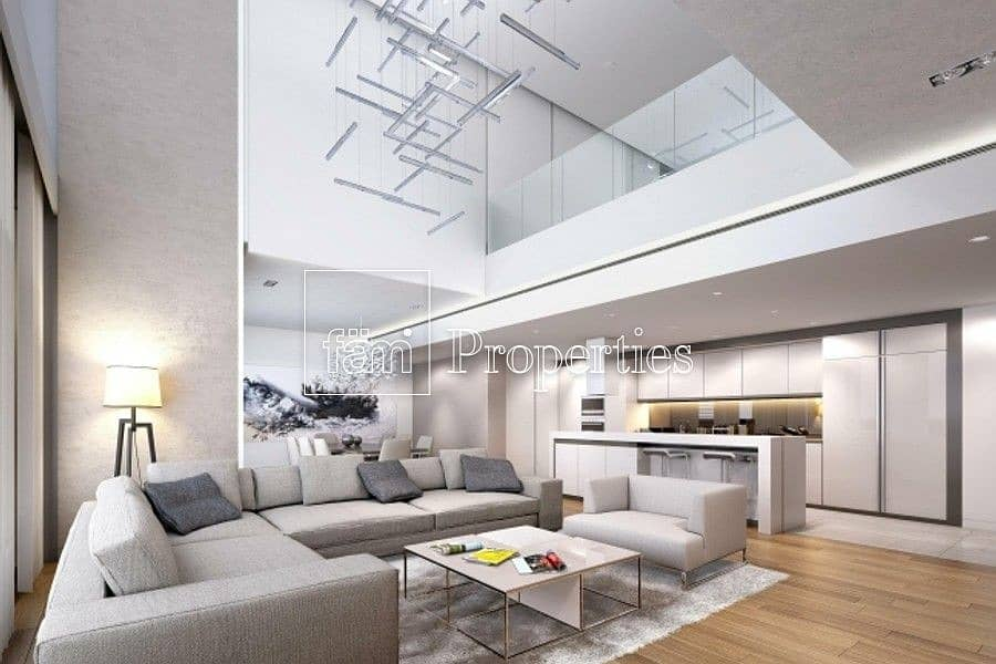 2 Exclusive Townhouses: Home in Iconic Landmark