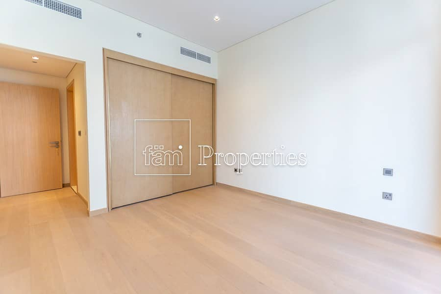 Brand New Spacious Apartment with Appliances