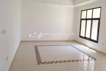 5 Bedroom Villa for Rent in Mohammed Bin Zayed City, Abu Dhabi - Gorgeous Villa in a Compound with Parking Space