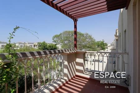 فیلا 2 غرفة نوم للايجار في الينابيع، دبي - Well Maintained Upgraded and Extended Villa
