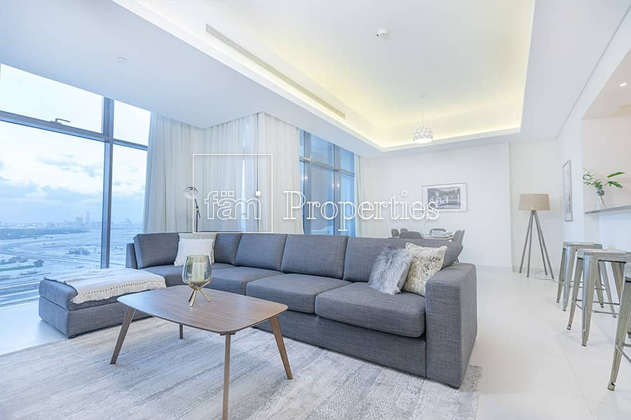 2 Luxury Furnished | Large 2BR+ Maid | 2 min to Mall