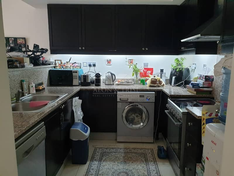 12 Well Maintained 1 BR Apartment I Great Location
