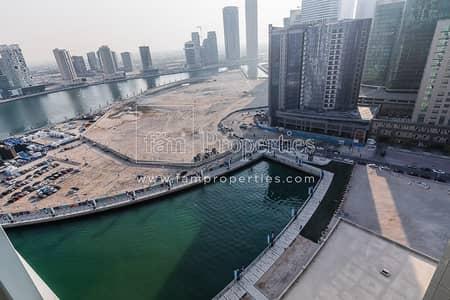 فلیٹ 2 غرفة نوم للبيع في الخليج التجاري، دبي - High Floor 2BR in Damac Maison Bay's Edge