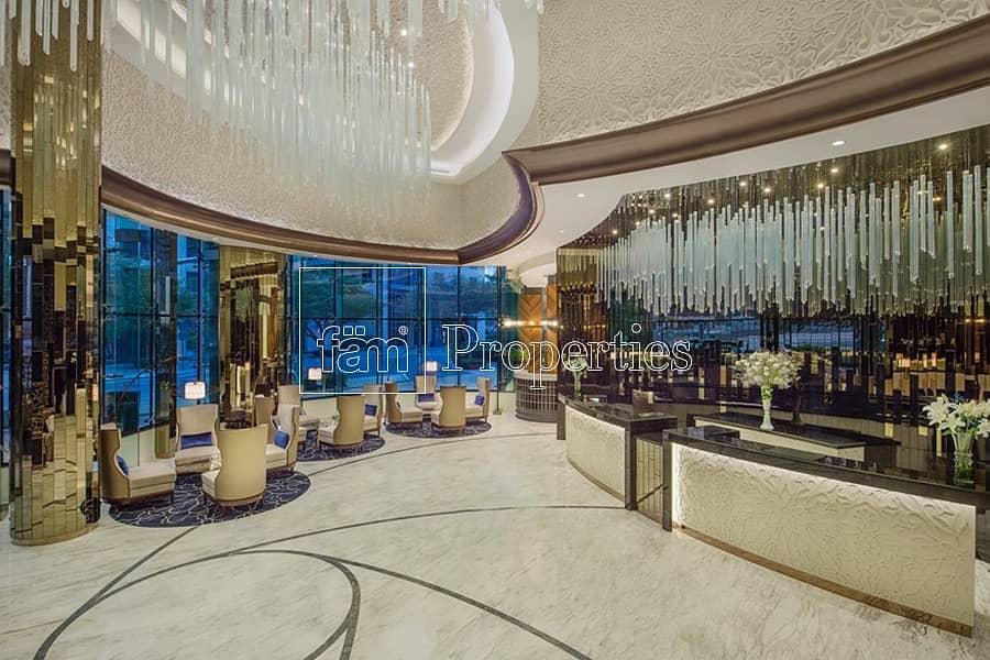 18 High-floor apt with stunning Burj Dubai