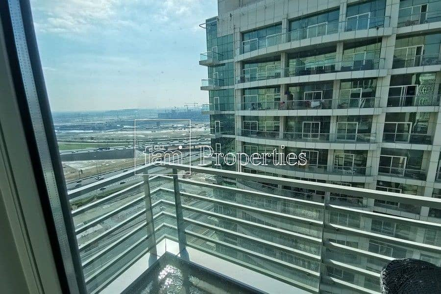 13 Great Investment   Hight Floor  Canal View