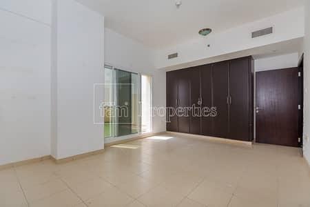 شقة 1 غرفة نوم للايجار في ليوان، دبي - Huge One Bedroom Available in Tala 1