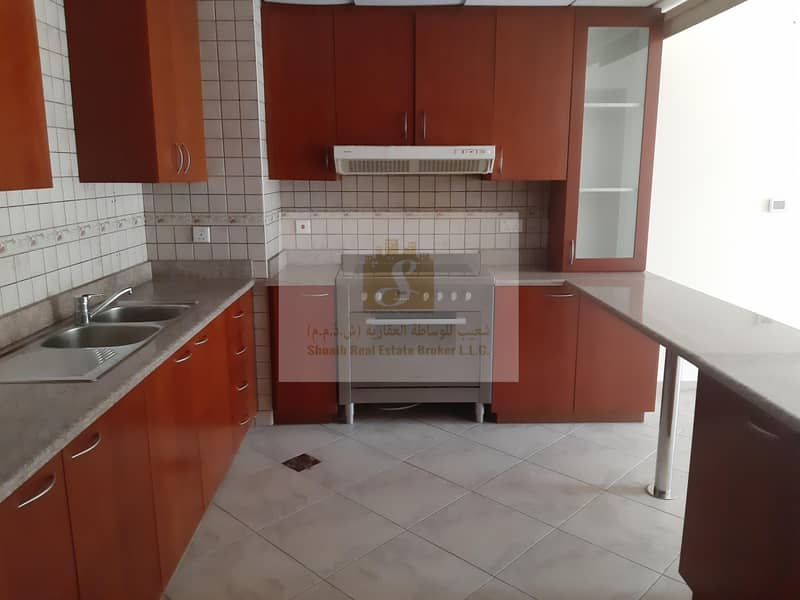 2BHK FOR RENT IN  Marlowe House 2