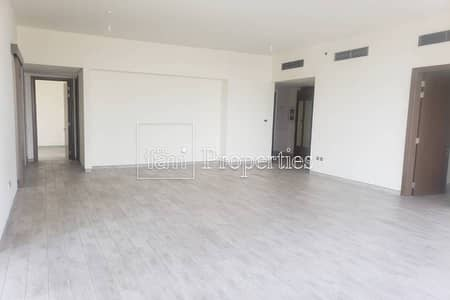 3 Bedroom Apartment for Rent in Business Bay, Dubai - Spacious 3 Plus Maids | 2 Balconies | Community V