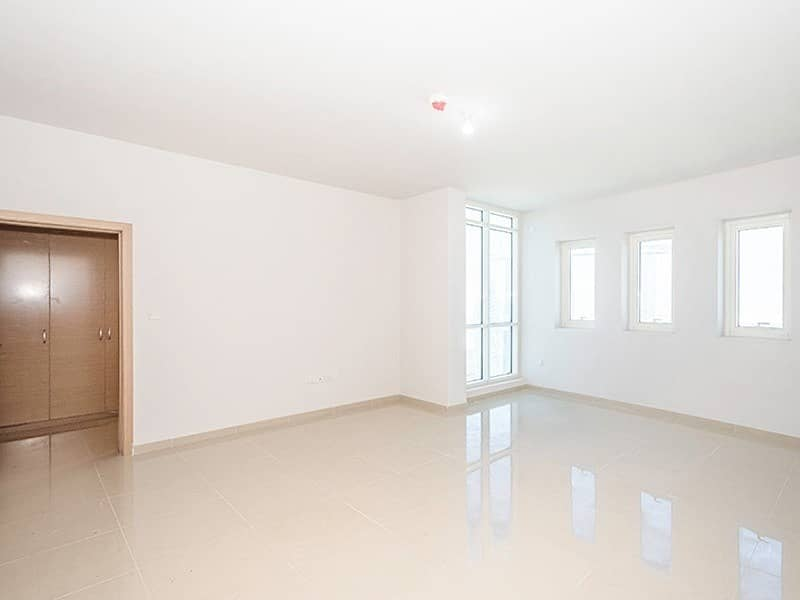 2 New Penthouse+ Balcony +2 month rent free +AC Free