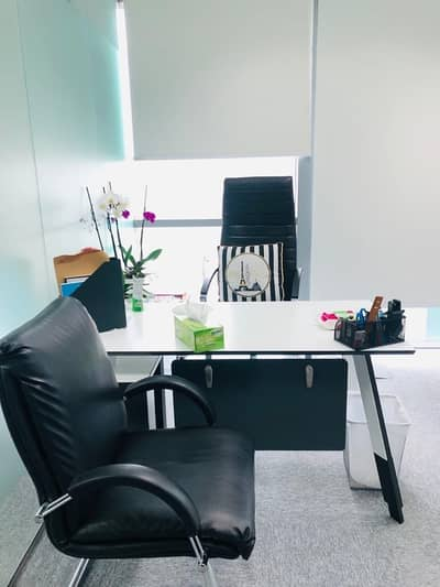 Office for Rent in Barsha Heights (Tecom), Dubai - WOW OFFER!! Private Office| Metro access | SZR View from 12th floor