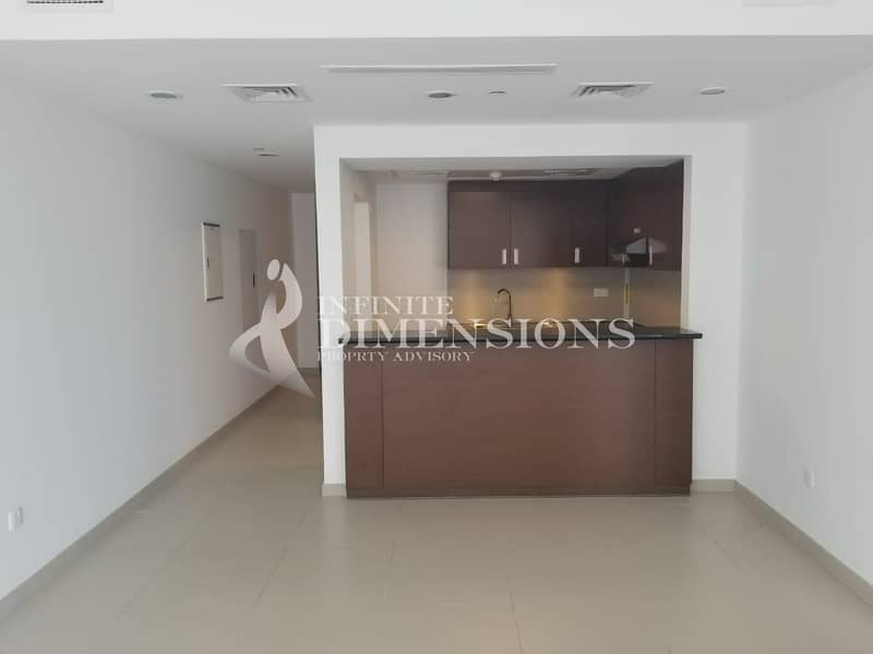 2 Good Investment in Gate Towers+ 0%ADM Fees!!