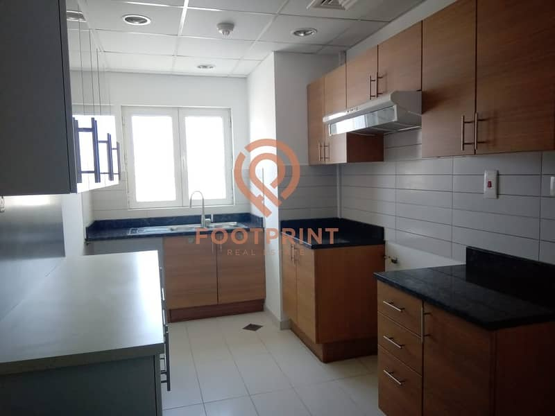 2 Close Kitchen with Balcony 3 Beds + Maid