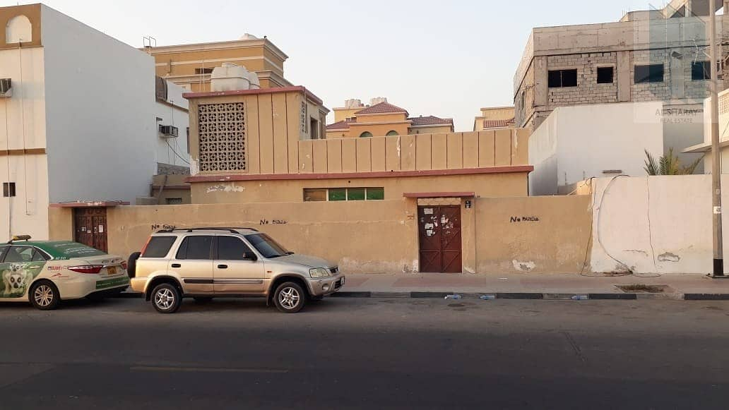 2 House with G+2 permission for sale in Abu-Hail ( Al-Hammirya) in very good price