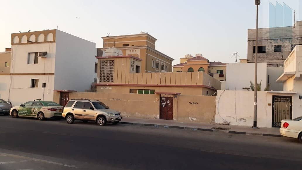 11 House with G+2 permission for sale in Abu-Hail ( Al-Hammirya) in very good price