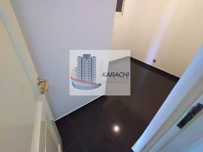 2 Bedroom Flat for Rent in Al Khalidiyah, Abu Dhabi - Spacious 2 bedrooms