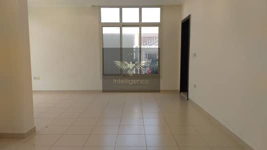 3 Bedroom Villa for Rent in Abu Dhabi Gate City (Officers City), Abu Dhabi - Villa in a Compound with Pool and Beach Access!