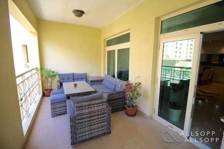 شقة 2 غرفة نوم للبيع في نخلة جميرا، دبي - Beautifully Upgraded | Spacious 2 Bedroom