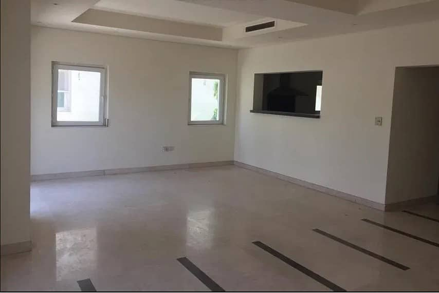 2 ONE MONTH FREE  3 BED + MAID + LAUNDRY   Type A   Single Row