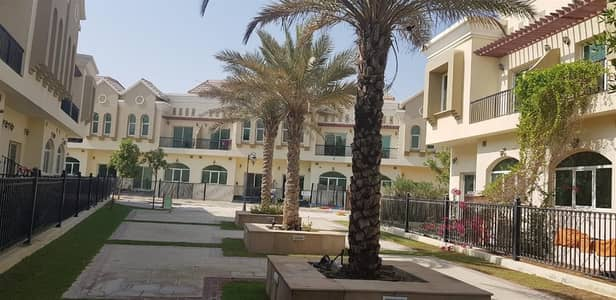 3 Bedroom Villa for Rent in Dubai Industrial Park, Dubai - 3 bed townhouse at Sahara Meadows 1 -