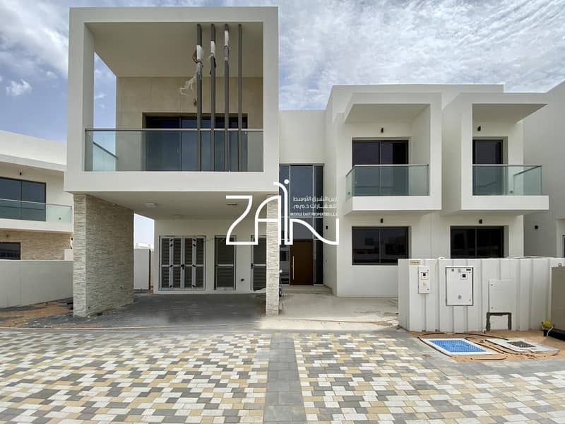14 Park View Single Row 4 BR Villa Perfect for A Family
