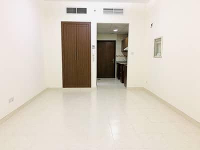 استوديو  للايجار في ديرة، دبي - شقة في الرقة ديرة 33000 درهم - 4797750