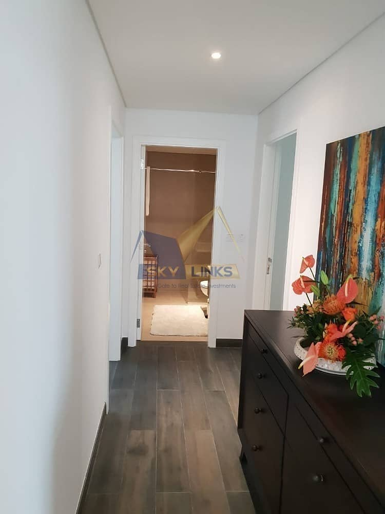 2 Near Ready 4 Bedroom Plus Maid Room Villa - with Free service charge for lifetime