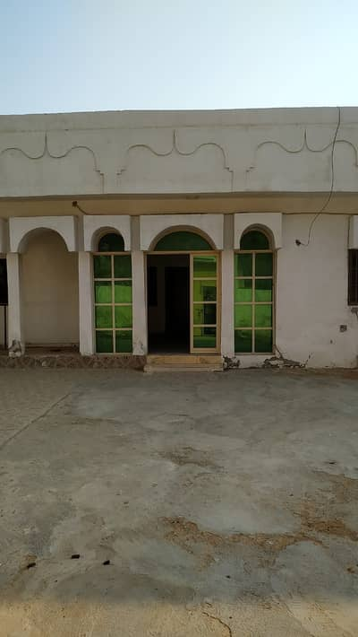 4 Bedroom Villa for Rent in Al Nuaimiya, Ajman - 4 Bedroom's Arabic Villa For Rent in AL Nuaimia-3 *Price 45,000*