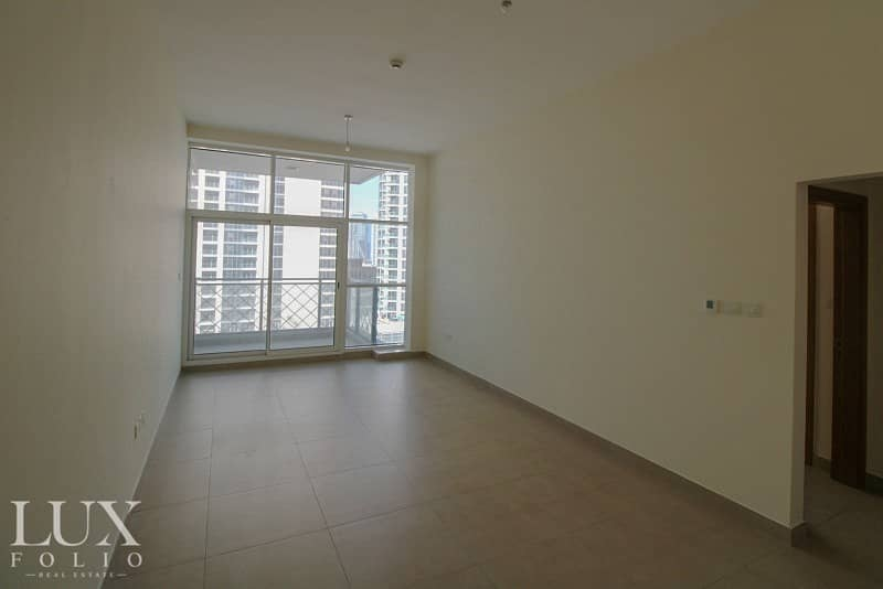 Large 1 Bed | Low Floor | Available Now
