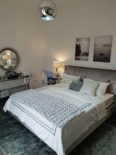 Brand new !!Near Ready 4 Bedroom Plus Maid Room Villa - with Free service charge for lifetime