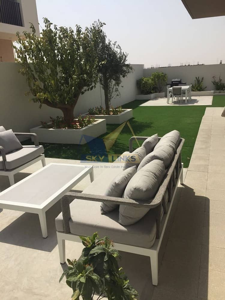 2 Brand New 4 Bedroom Plus Maid Room Villa - with Free service charge for lifetime