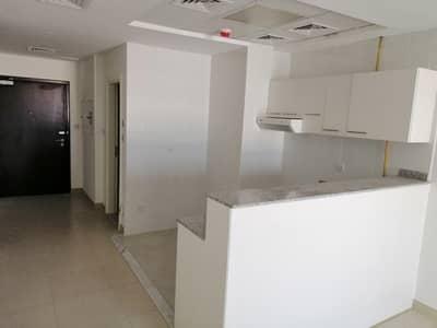 Studio for Rent in Al Quoz, Dubai - BIG STUDIO NEAR BUSINESS BAY WARDROBE BALCONY