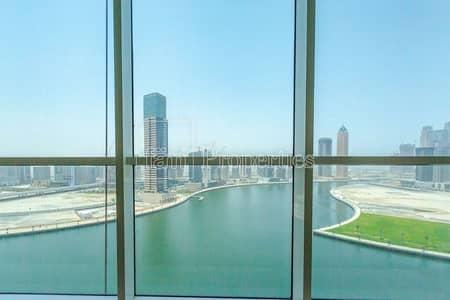 مکتب  للبيع في الخليج التجاري، دبي - Fitted Office | Partitions | Canal View