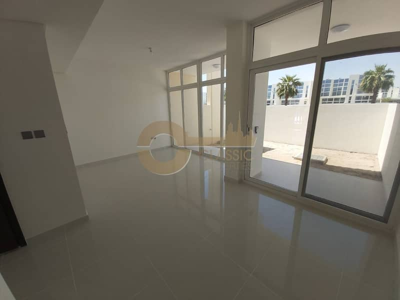 Brand New| Park View| 3bedroom| Single row