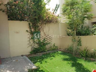 تاون هاوس 3 غرف نوم للايجار في الينابيع، دبي - Wel Maintained Corner Unit For Rent