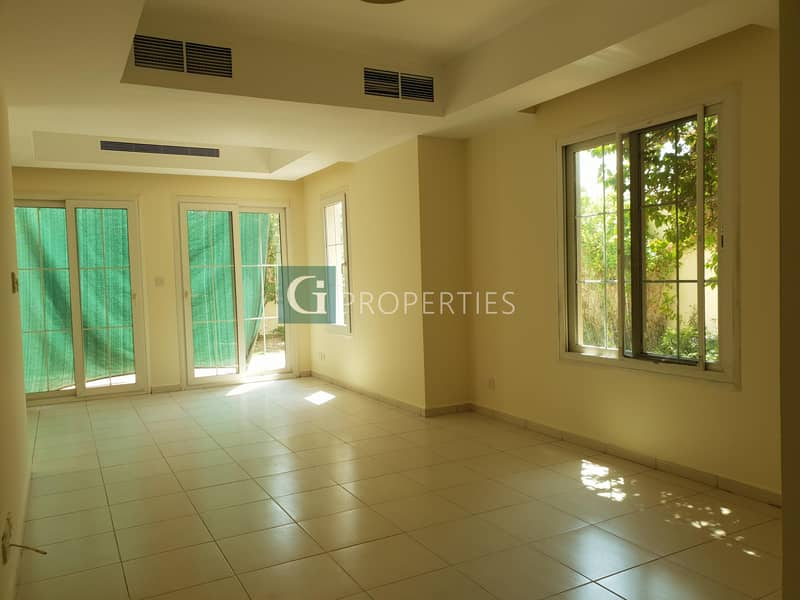 2 Wel Maintained Corner Unit For Rent