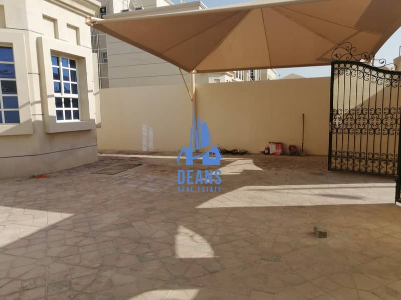 14 Independent 5 master bedroom with maid and driver room in mbz city