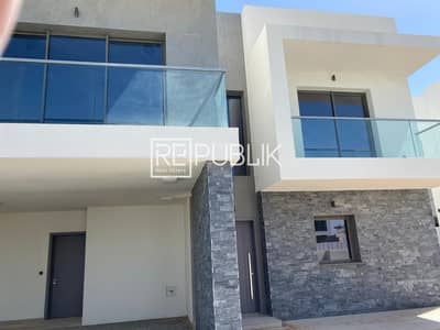 4 Bedroom Villa for Rent in Yas Island, Abu Dhabi - Tremendous 4BR Duplex Type X Available Now
